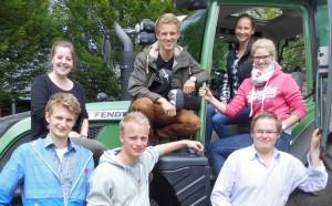 hintere Reihe (v.l.): Nadine, Keuter, Finn Meyer, Berit Kleuker, Britta Höpfner Vordere Reihe (v.l.):  Paul Gärke, Sören Bolling, Jan Voß