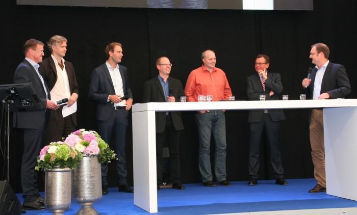 Bild 1 (Quelle Werkbild): Die Personen von links nach rechts: Herbert Heger, Dr. Wolfgang Hansen, Sebastian Thiemann, Stefan Fitschen-Hobbeling, Ralf Remmert, Detlev Breuer, Björn Markus