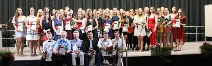 48 Abiturientinnen und Abiturienten erhielten die Hochschulreife